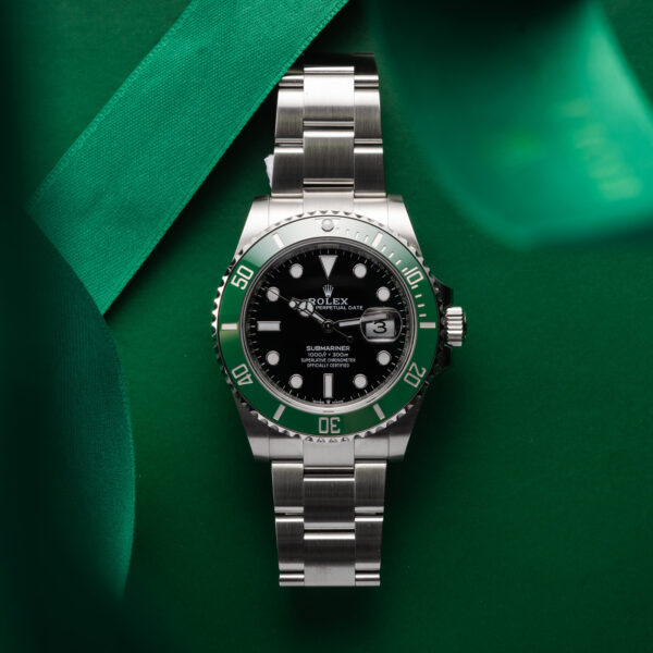 Rolex Submariner Date 126610lv Black Dial Color Watch Top View 1