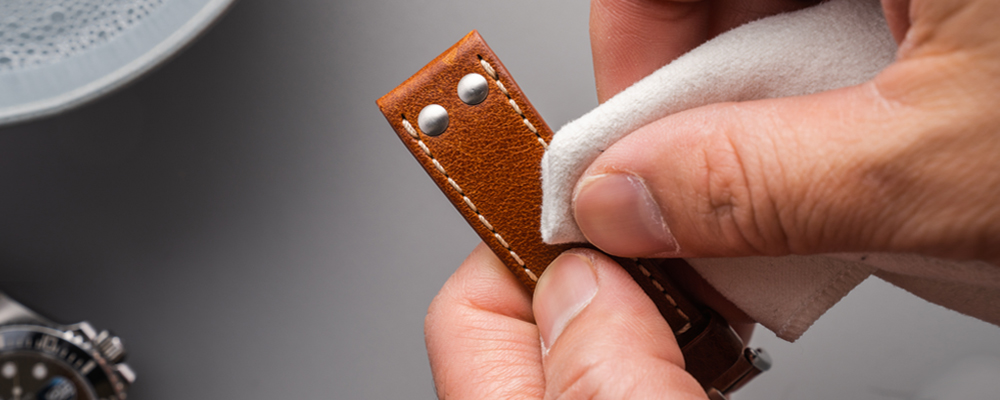 how to clean your watch leather strap