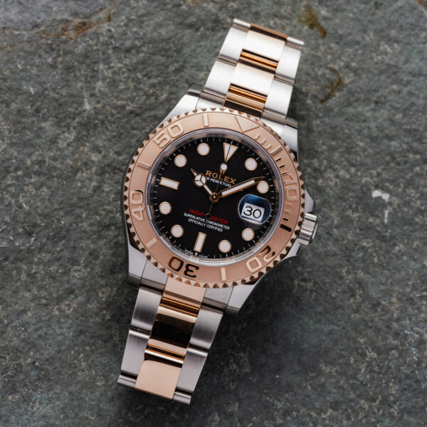 Rolex Yacht-master Two-tone Rose Gold Ref. 126621 Black Dial Color Watch Top View 1