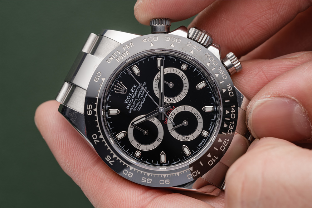 How to use the Rolex Daytona